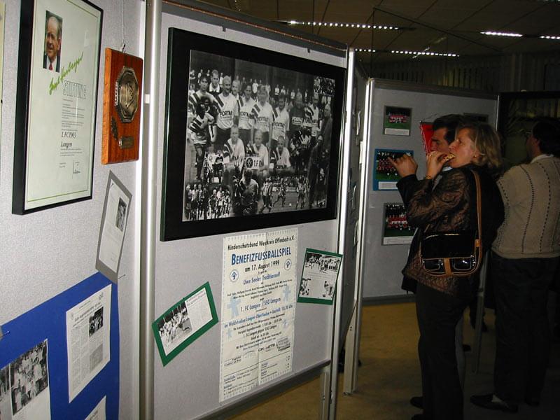 Ausstellung Zur Geschichte Des FC Langen 2003