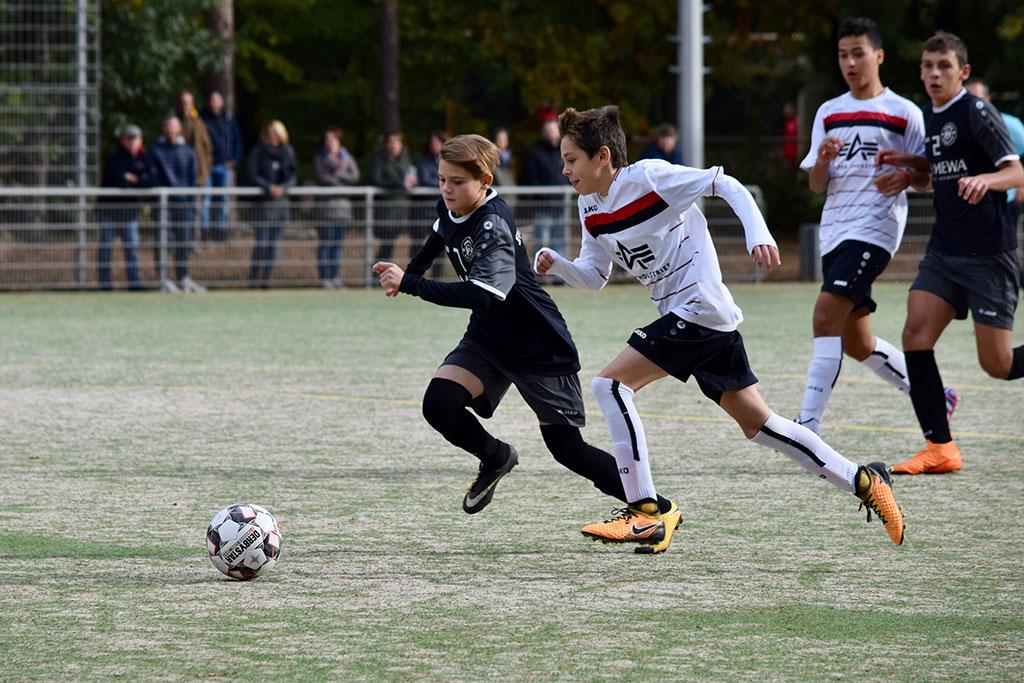 Die C2 Des 1. FC Langen Gewann Gegen Mühlheim Mit 2:1