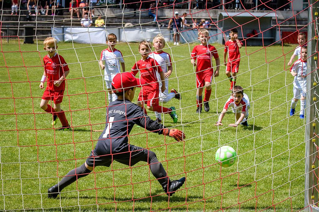 Erfolgreiches Advancis-Pfingstturnier 2019 Des 1. FC Langen